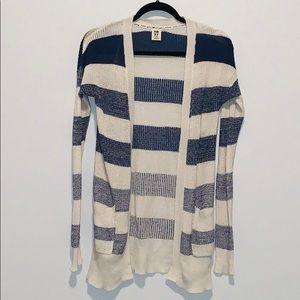 ROXY •  Women's sweater • size XS